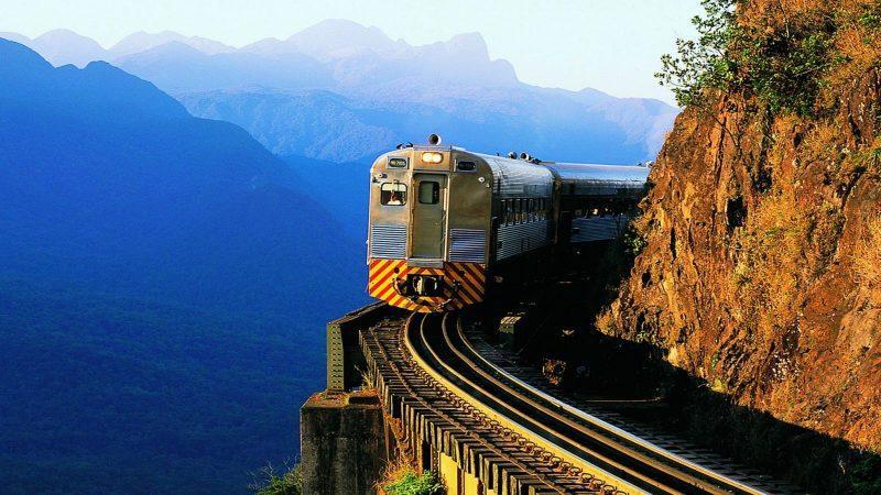 Trem na Serra do Mar